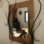 miroir bois et fer forgé, finition huile et vernis mat, réalisé par 2 bois et d'acier (ferronnerie ébénisterie dieulefit drôme)