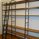 bibliothèque bois et fer réalisé par 2 bois et d'acier (ferronnerie, ébénisterie, forge à dieulefit, drôme)