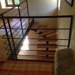escalier limon central bois et métal réalisé par 2 bois et d'acier (ferronnerie ebenisterie forge à dieulefit drôme)