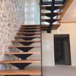 escalier 1/2 tournant palier verre bois et métal réalisé par 2 bois et d'acier (ferronnerie ebenisterie forge à dieulefit drôme)